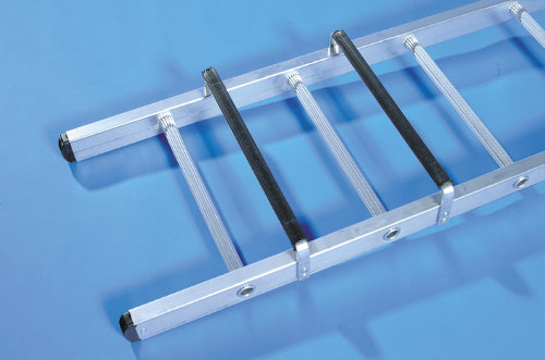 Base of single section trade roof ladder