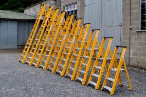 Trade Fibreglass Platform Ladder
